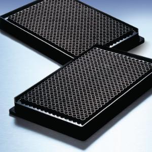 Black polysterne plates